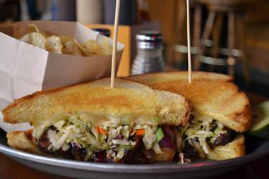 Gilley's, sandwich, Las Vegas barbecue