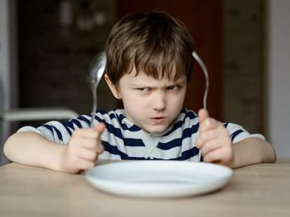kid eating dinner