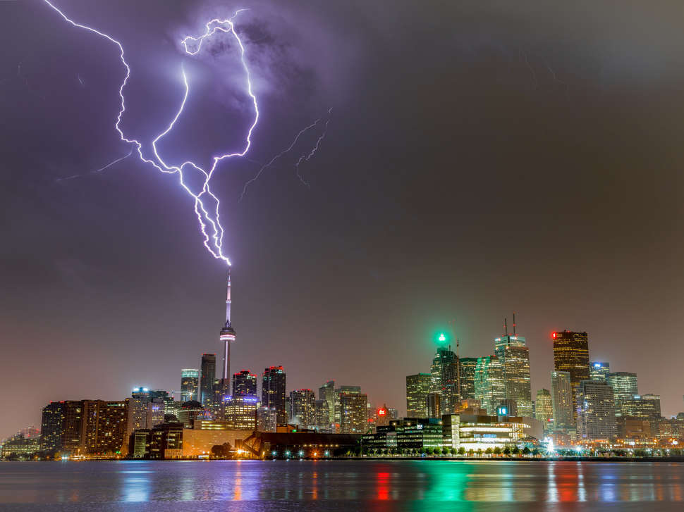 Lightning Strikes World Landmarks - Thrillist