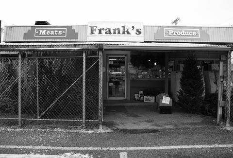 exterior of frank's meat and produce louisville