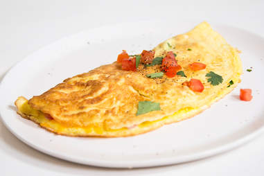 How to make a perfect American omelet — Thrillist Recipes