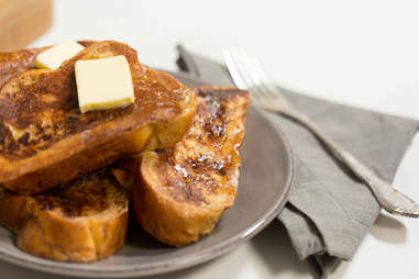 How to make French toast -- Thrillist Recipes