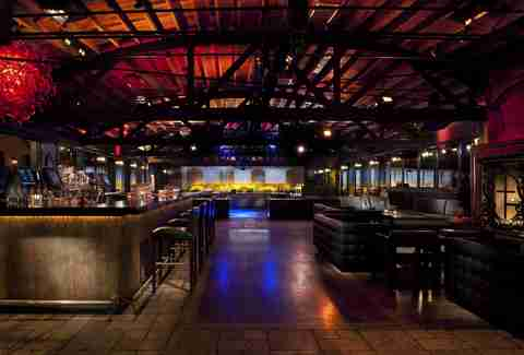 Man Cave Bar Cahuenga : La bars you need to drink in before die los angeles