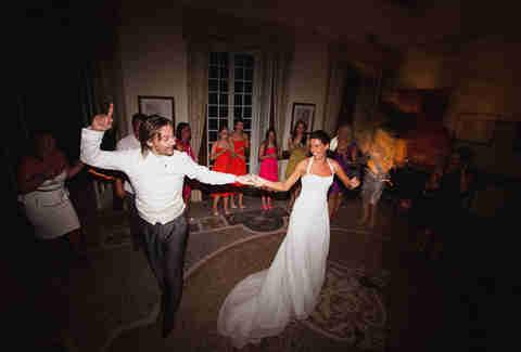 Wedding Dj Secrets How To Dj A Wedding Thrillist