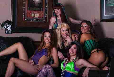Perfect date nighta strip clubyeah strip club