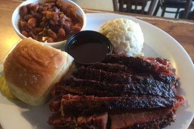 B&B Smokehouse best bbq barbecue in San Antonio