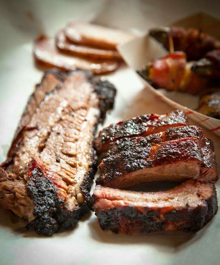 Two Bros. Barbecue best bbq in San Antonio