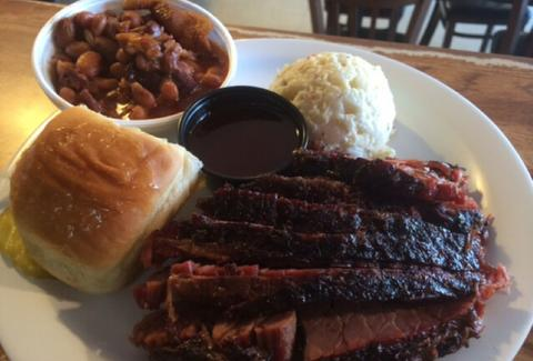 meat plate B&B smokehouse san antonio