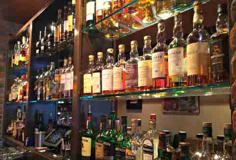 The 13 best whiskey bars in las vegas sage at aria for Craft steakhouse las vegas