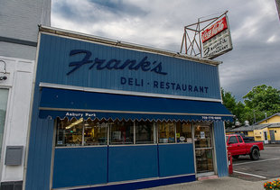 Franks Deli & Restaurant