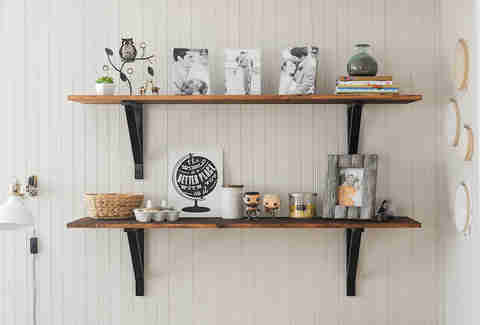 10 easy shelves you can install in 30 minutes easy wood shelf rh thrillist com easy homemade wall shelves easy mount wall shelves