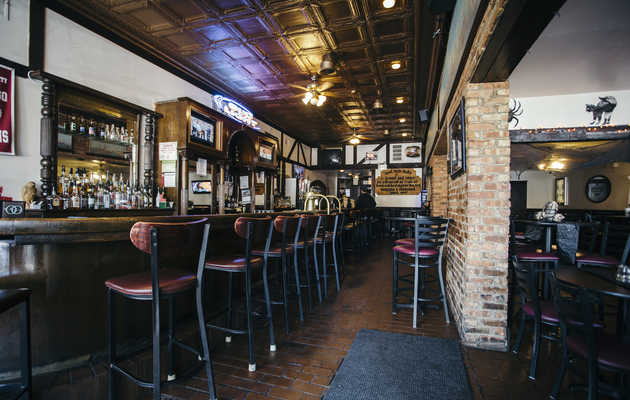 The Can't-Miss Bars on Chicago's South Side