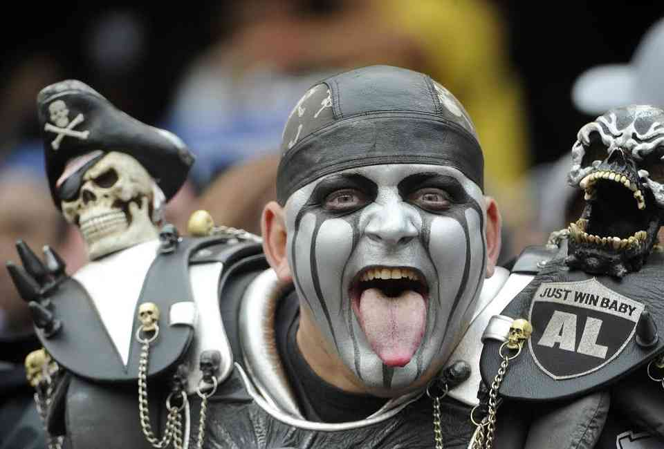 Worst Fans in the NFL: Most Obnoxious Football Fanbases
