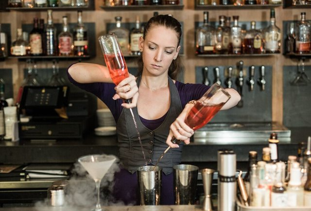 12 Female Bartenders In Atlanta You Should Know