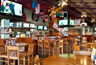 Hoops Grill and Sports Bar