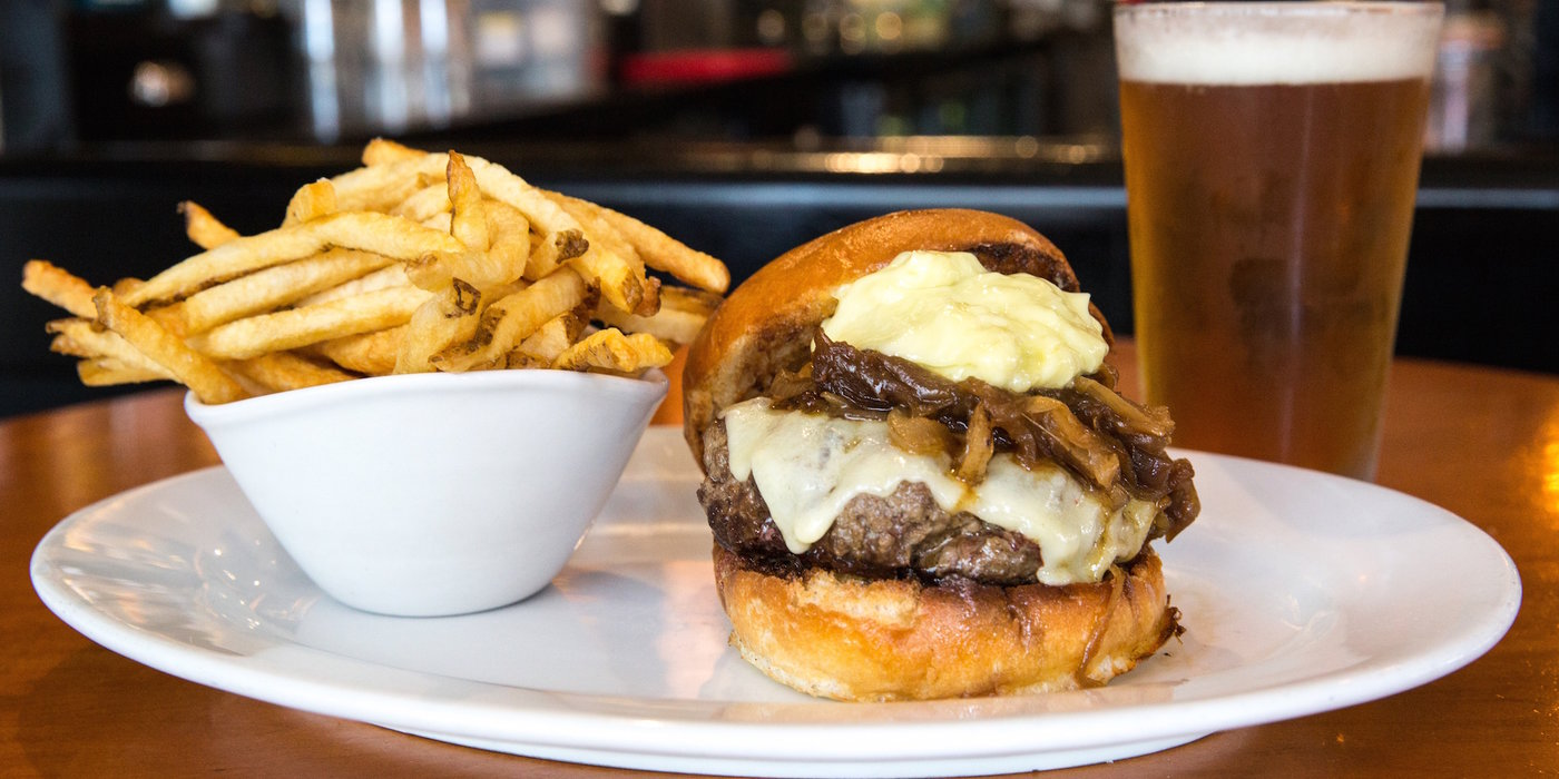New York City\'s Best Burgers: The Definitive Guide