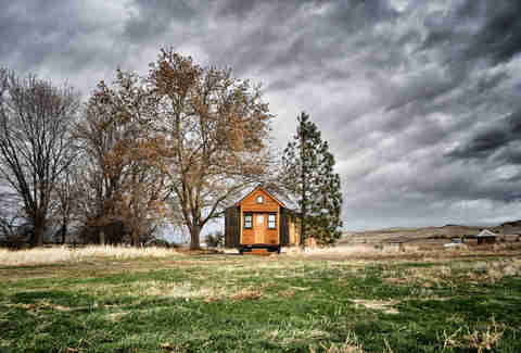 Tiny Houses The Tiny House Dream Is Actually A Nightmare
