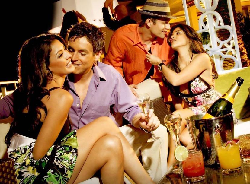 hook up with girl in la vega