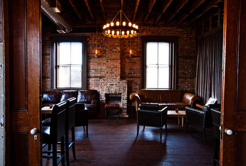 Craft cocktails and trendy speakeasy at The Cocktail Club in Charleston