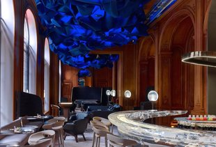 The Most Beautiful Bars in Paris