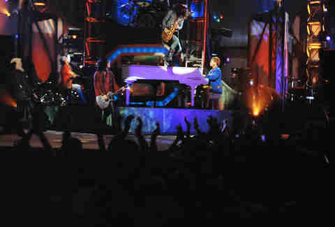 Slash Soloing Atop Axl Rose's Piano Will Happen Again