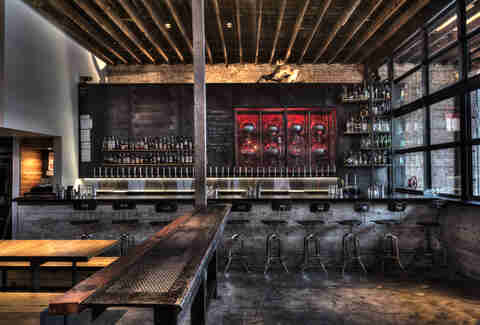 Best Houston Speakeasies And Hidden Bars To Drink At Right