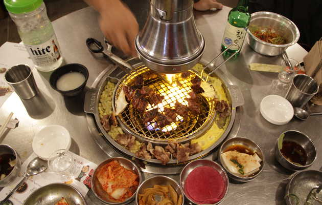 The Dos and Don'ts of Eating Korean Barbecue