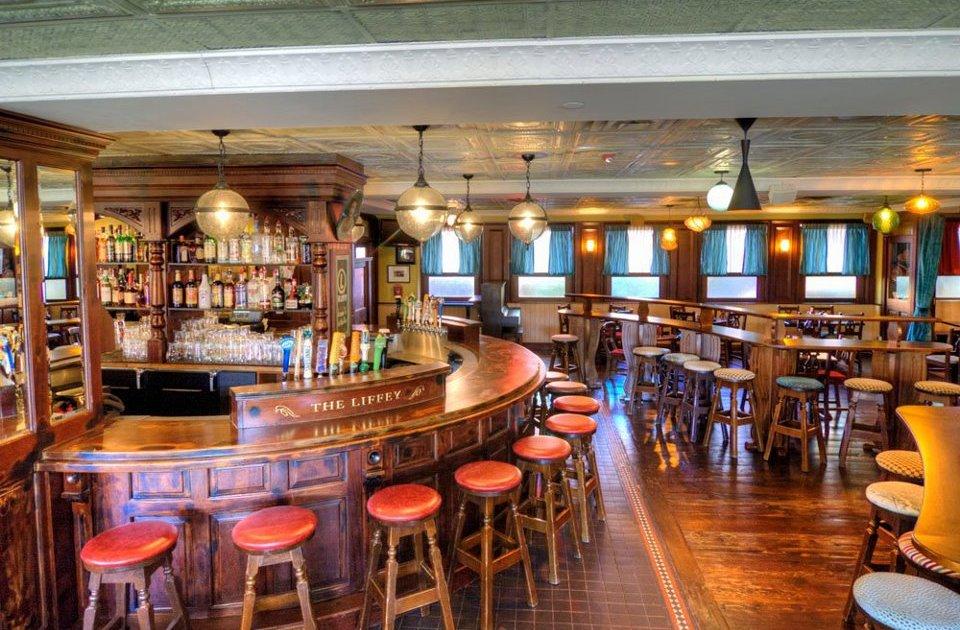 The Liffey Irish Pub A Minneapolis Mn Bar