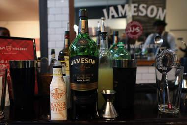 Jameson bar main