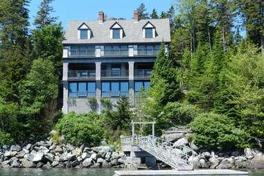 Maine mansion