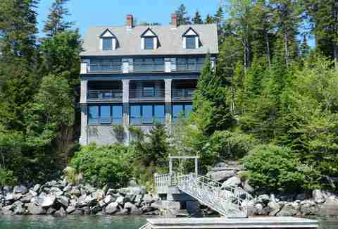 Maine mansion
