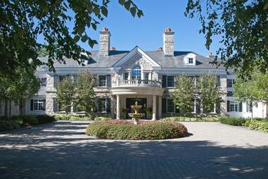 New Hampshire mansion