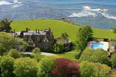 Rhode Island mansion
