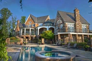 Virginia mansion