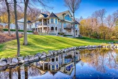 Wisconsin mansion