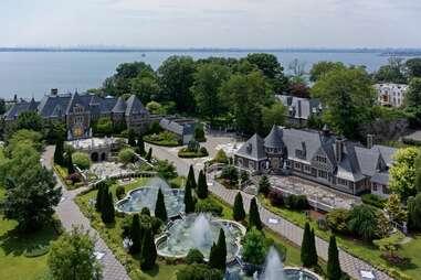 NY mansion