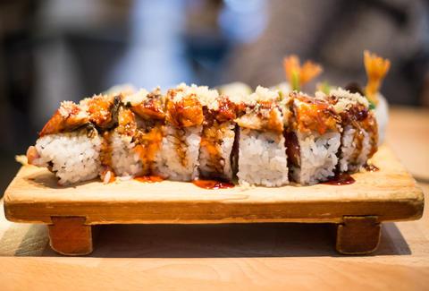 Суші відносяться до категорії артистичних японських страв
