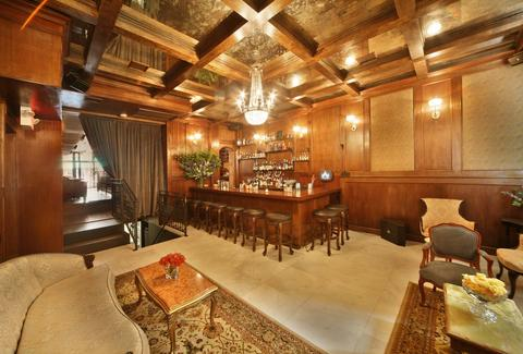 Best Lounges In Nyc The Coolest Places To Chill Thrillist