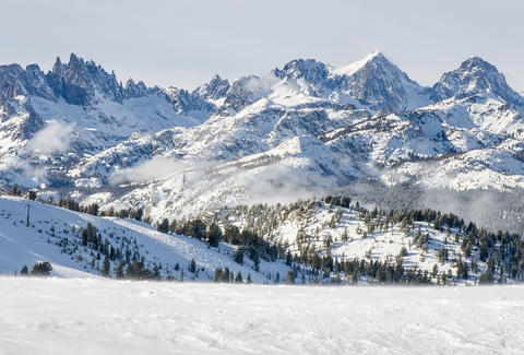 11 Awesome Things To Do At Mammoth Lakes Right Now Thrillist