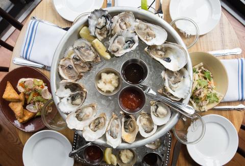 Upstate Barfish Edwin Neal S New Nyc Seafood Restaurants Thrillist