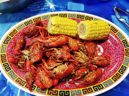 crawfish platter with corn on the cob