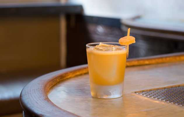 The NYC Cocktail Bucket List: 21 Drinks to Try Before You Die