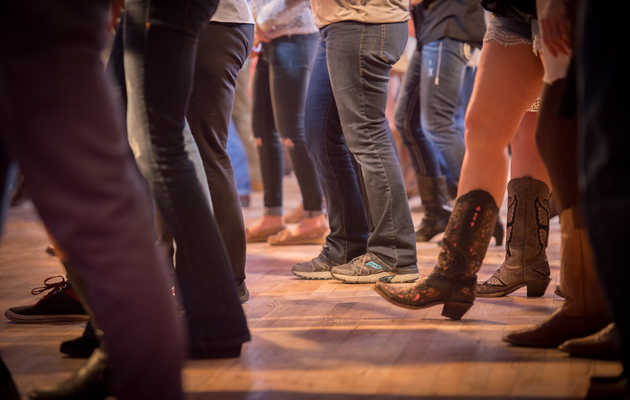 A Night in Billy Bob's, the World's Largest Honky Tonk