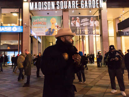 Black Thought at a Knicks game
