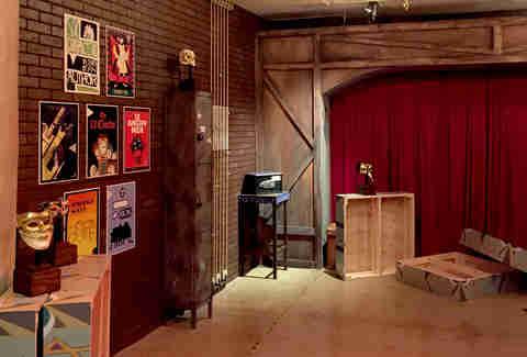 What are escape rooms where to do escape rooms la thrillist for Small room escape 12