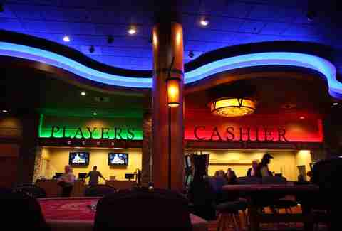 Smoke free casino seattle affect gambling internet