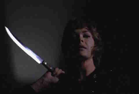 Misty (Jessica Walter) holds a knife in Play Misty for Me movie