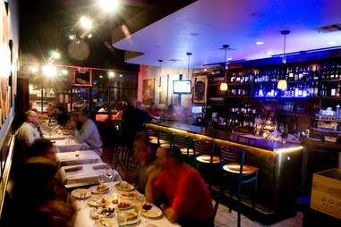 Evening wine bar in Houston at Oporto wine cafe
