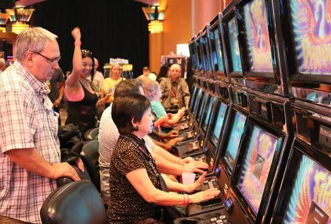 Muckleshoot casino hotel merit casino poker