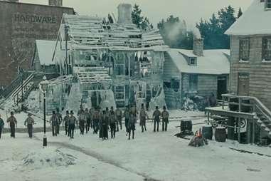 Crowd scene in Martin Scorsese's Gangs of New York